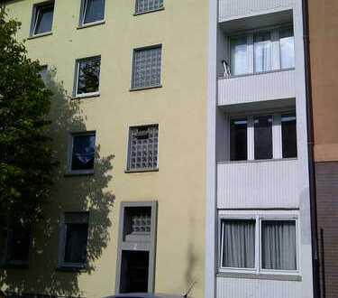 Schöne, sanierte 2-Zimmer-DG-Wohnung in Gelsenkirchen