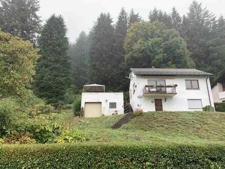 Kleines Einfamilienhaus mit Traumgrundstück und Potential!Käuferprovisonsfrei!