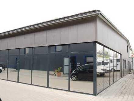 Ausstellungs- und Verkaufsraum für Dienstleistungen in Neustadt/Donau