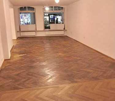 Fußgängerzone zur Altstadt !, Laden-/Büroeinheit in der Schirmgasse, ca. 72 qm, provisionsfrei