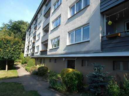 Helle 3-Zimmer Wohnung mit schönem Ausblick!