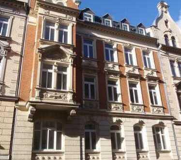 Saniertes Gründerzeithaus in der Stadtmitte