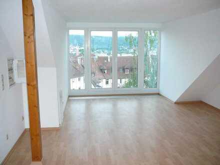 Loft in saniertem Jugendstilhaus, 52qm, mit Panoramablick