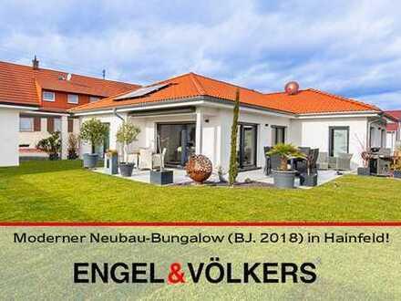 Moderner Neubau-Bungalow (BJ. 2018) in Ortsrandlage von Hainfeld!