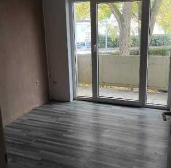 helle 4 Zimmer-Whg   Einberg   64 m²   mit großzügigem Balkon!   WG-geeignet