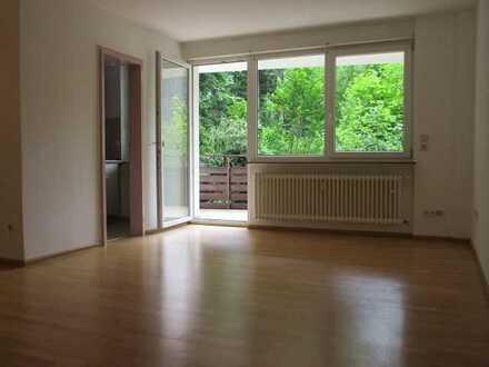 KAUFEN STATT MIETEN: Renovierte 2-Zi-Wohnung in Calmbach