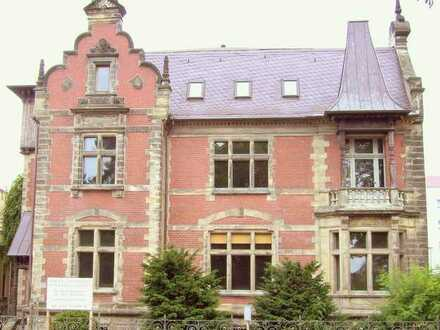Stilvolles Wohnen und Arbeiten in historischem Gebäude