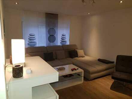 Neuwertige Wohnung mit drei Zimmern und Einbauküche in Kusel