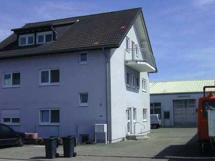 Gewerbeobjekt mit Wohn - und Bürohaus
