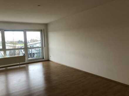 Sehr helle, moderne, gut geschnittene 3-Zimmerwohnung 91qm, Sonnenbalkon, Worfelden