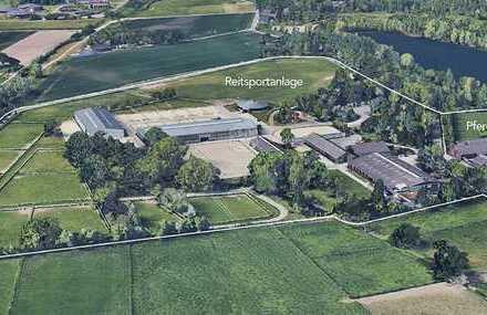 140.000 m² Reitsportanlage - 2 große Reithallen - ultramoderne Pferdeklinik - das Pferdeeldorado!