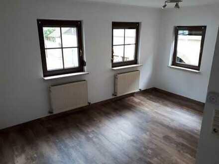 Vermietet wird eine sonnige 2,5 Zimmer-Wohnung in der Stadtmitte von Murrhardt