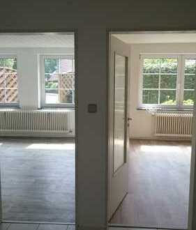 frisch saniert : helle 3-Zimmer-EG-Wohnung mit kleinem Garten in Nordenham
