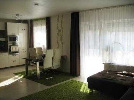 Großzügige 3 Zimmer ETW...Sonnenbalkon...TGL-Bad...PKW-Stellplatz...u.v.m...