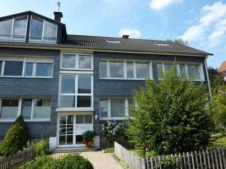 Geräumige und helle Maisonette-Wohnung mit Balkon und Gartenanteil in guter Lage von Ronsdorf