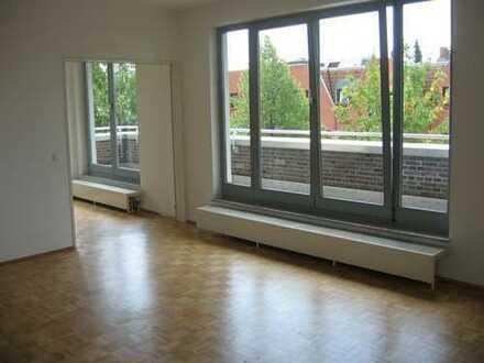Vegesack/sehr zentrale Lage helle Wohnung mit Parkett und Balkon