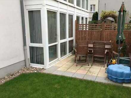 Modernisierte EG-Wohnung mit drei Zimmern und Garten in Dortmund