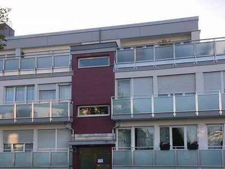 Schöne und sonnige 2,5-Zimmer-Wohnung in Obermenzing