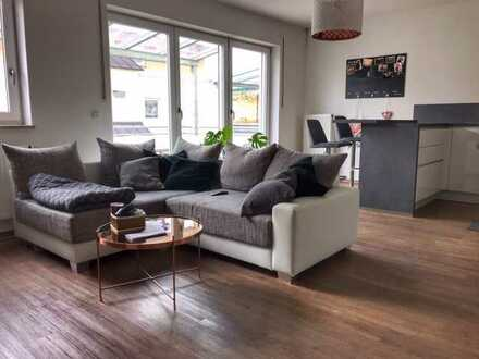 Exklusive, neuwertige 3-Zimmer-Wohnung mit Balkon und Einbauküche in Schrobenhausen