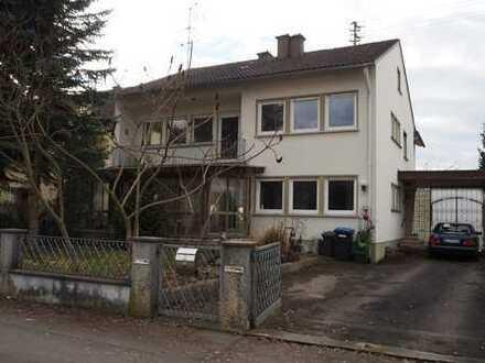 Klassisches 2-Familienhaus inmitten eines ruhigen Wohngebietes!