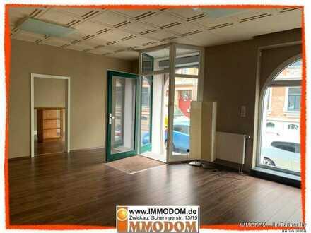 Moderne 2-Zi. Büro- oder Ladenfläche mit Miniküche und WC zu vermieten