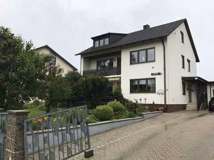 3.000 €, 200 m², 9 Zimmer
