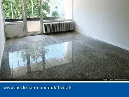 Schöne renovierte 3-Zimmerwohnung mit zwei Balkonen in Leverkusen