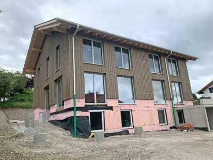 NEUBAU DHH: Holzmassivbau - liebevoll gestaltetes Architektenhaus - unverbaubarer Bergblick!