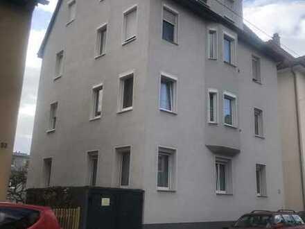 Geräumiges und saniertes 13-Zimmer-Haus zum Verkauf in Esslingen (Mettingen)