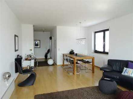 Lagerstraße: vollmöblierte 2-ZKB Wohnung mit Südbalkon und Einbauküche