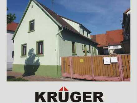 geräumiges Einfamilienhaus mit Scheune, Stallung, Hof- und Garten in Eggenstein / Ausbaureserven