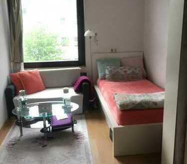 ein Zimmer Wohnung in Köln, Zollstock