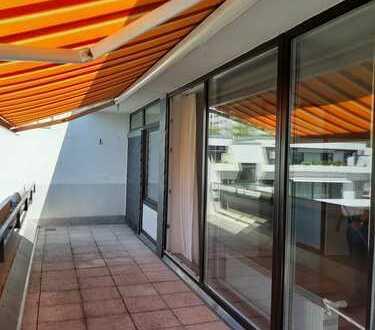 Penthousefeeling mit großer Terrasse