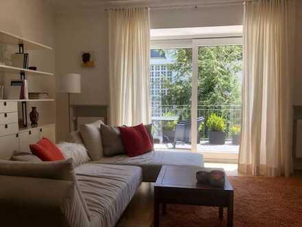 Neuwertige 5-Raum-Wohnung mit Balkon und EBK in München-Harlaching