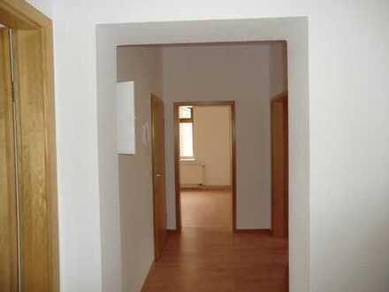 Am Fuße der Augustusburg eine ideale 3 Raum- Wohnung mieten
