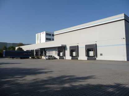 Knapp 2.000 m² Hallenfläche ab sofort & provisionsfrei: An der A661 (Dreieich)