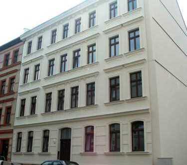 Tolle helle 4 Zimmer Maisonette- Wohnung mit Balkon und Loggia in ruhiger Lage zu vermieten