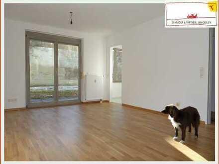 Erstbezug nach umfassender Renovierung: 1-Zi.-Terrassen-Whg. mit Gartennutzung, Parkett, EBK, TG