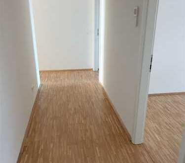 schöne 4-Zimmer Wohnung am Flugfeld