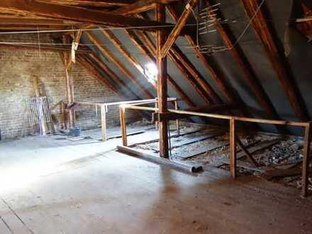 Lagerfläche Pankow im Dachgeschoss günstig zu vermieten