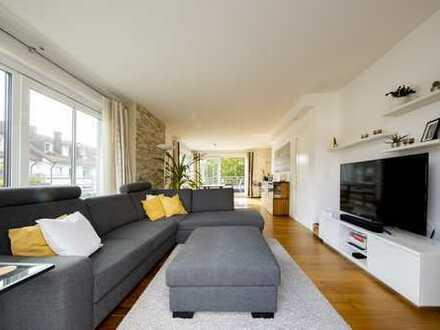 Kirchenstraße - luxus Dachterrassenwohnung für Singles / Pärchen - teilmöbliert
