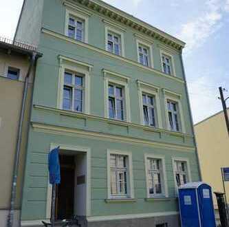 ERSTBEZUG: 3-Zimmer-Wohnung im sanierten Altbau mit Vollbad in der Fleischervorstadt