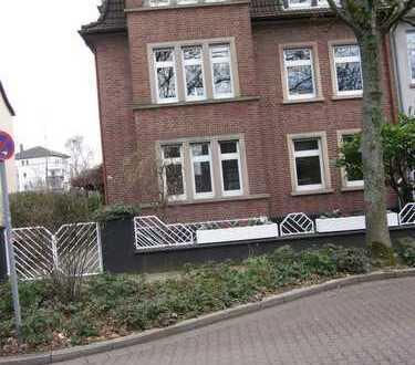 Sehr schöne 1 Raum Dachgeschoss Wohnung mit Balkon in GE-Buer