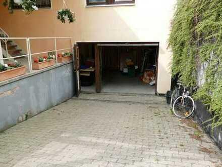 Kompakte Lagerhalle in Bayreuth zu vermieten