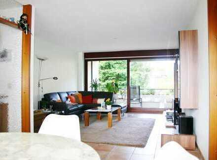 Ihr neues Zuhause! Herrliche 4-Zimmer-OG-Wohnung mit 2 Balkonen in schöner Lage von S-Heumaden