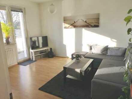 Helle 2,5-Zimmer-Wohnung mit Sonnenbalkon in Duisburg