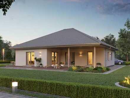 Ein sonniges Grundstück und Ihr Traumhaus - wir haben die Ideen für Ihr neues Heim!