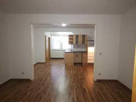 Helle Wohnung mit Küche direkt in der Fußgängerzone von Hombruch