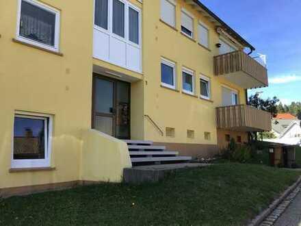 Gepflegte 2-Zimmer-Wohnung mit Balkon und EBK in Sankt Georgen im Schwarzwald