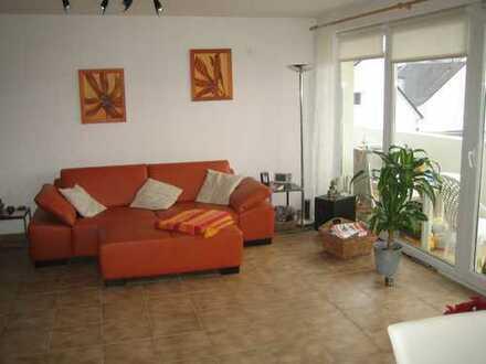 Gepflegte, moderne 3-Zi-Wohnung mit großem Südbalkon in Leverkusen Schlebusch